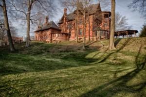 """La villa in cui Mark Twain ha scritto i suoi grandi classici. Tipo """"Le avventure di Tom Sawyer"""", per citarne uno. Si trova ad Hartford, nel Connecticut, e oggi è anche un museo."""