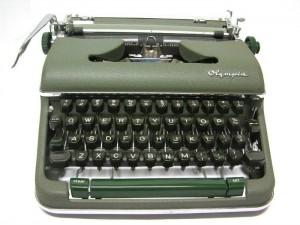 macchina da scrivere 8
