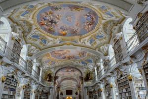 La biblioteca dell'Abbazia di Admont in Austria è, a oggi, è la biblioteca monastica più grande del mondo. (Photo Credits @ Panos Kritsonis / Flickr - Creative Commons)