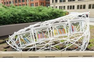 «Topiary», di Eric Nordgulen. Una struttura futuristica realizzata in plastica e acciaio.